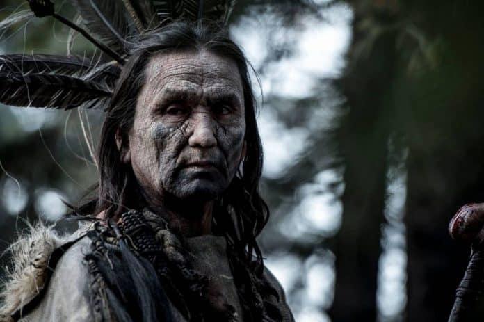 Uno de los amerindios de El Renacido