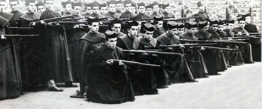 seminaristas instrucción militar franquismo