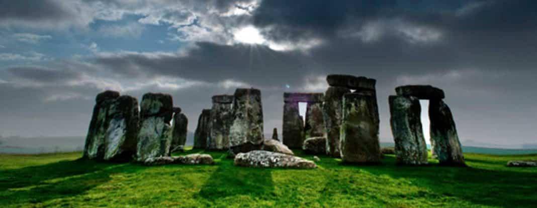 Dolmen y menhir prehistoria