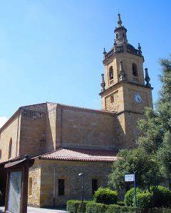 Iglesia con sepulturas