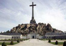 Valle de los caídos tumba de Franco y fosa común hecho por presos republicanos