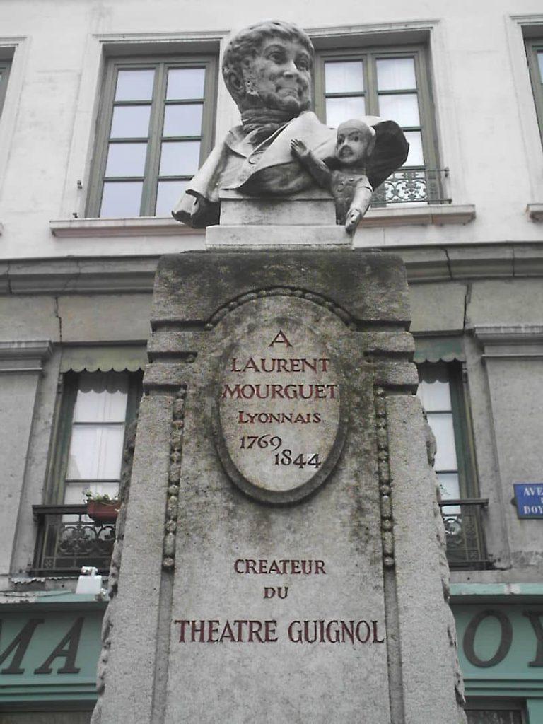 Monumento Laurent Mourguet Lyon