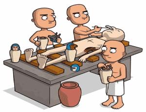 momificación con introducción de órganos en los vasos canopos