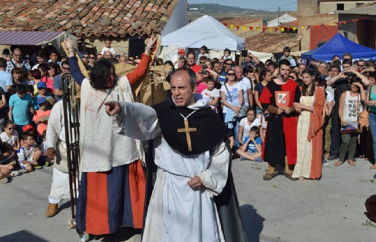 El obispo que condenó a Llanera a vivir en el pecado