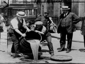 incautaciones de alcohol en Chicago,mercado negro de alcohol, ley seca y Al Capone