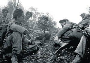 Che Guevara, Fidel y Camilo. Pelotón Suicida de la Revolución Cubana