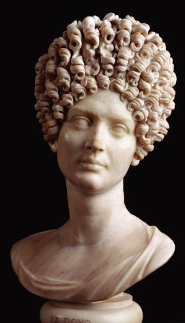 Dama Flavia. Museo Capitolino - peinado de patricia romana