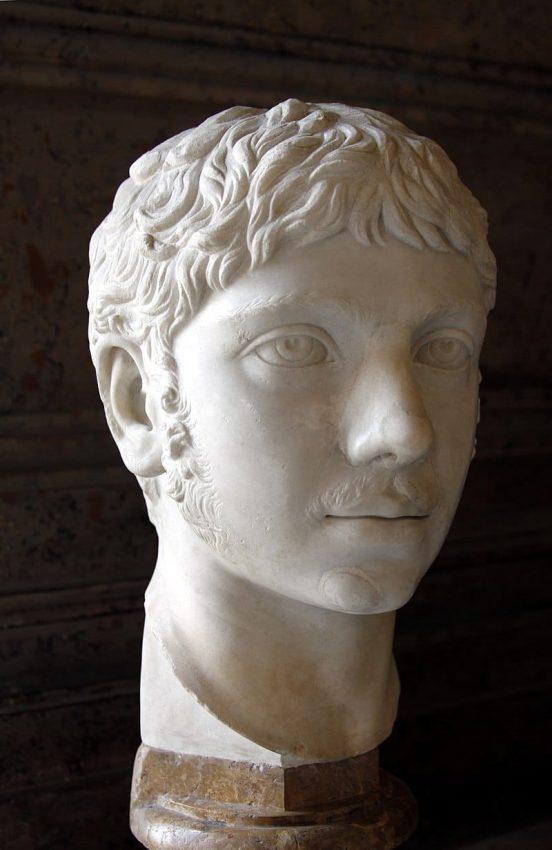 busto del emperador romano