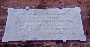 Placa de Cádiz en honor a Alejandro Malaspina