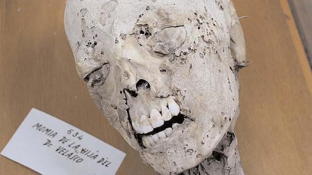 la momia hija del Dr. Velasco