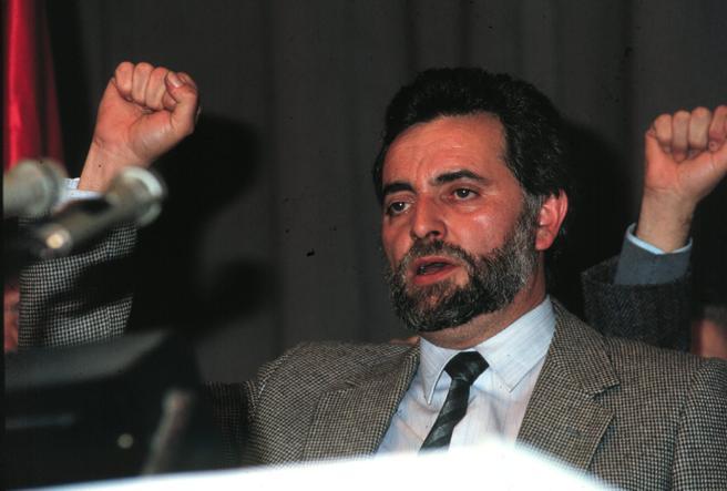 El Califa Rojo Julio Anguita durante el XII Congreso del PCE donde fue elegido Secretario General
