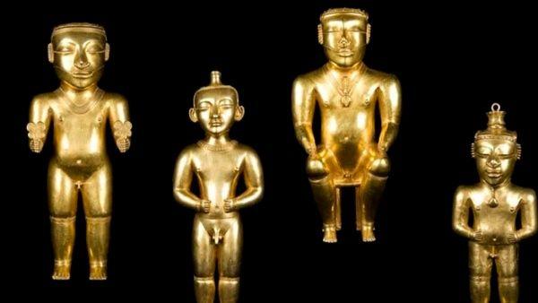 Dioses del Tesoro Quimbaya expuestas en el Museo de América en Madrid