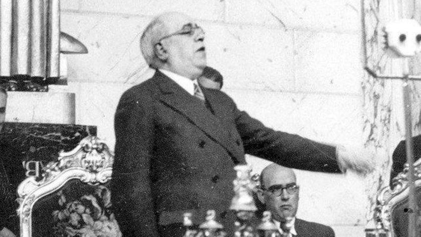 Manuel Azaña en las Cortes, 1932