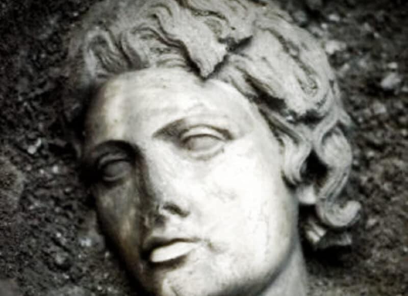 tumba alejandro magno estambul enigma documental assassins creed origins
