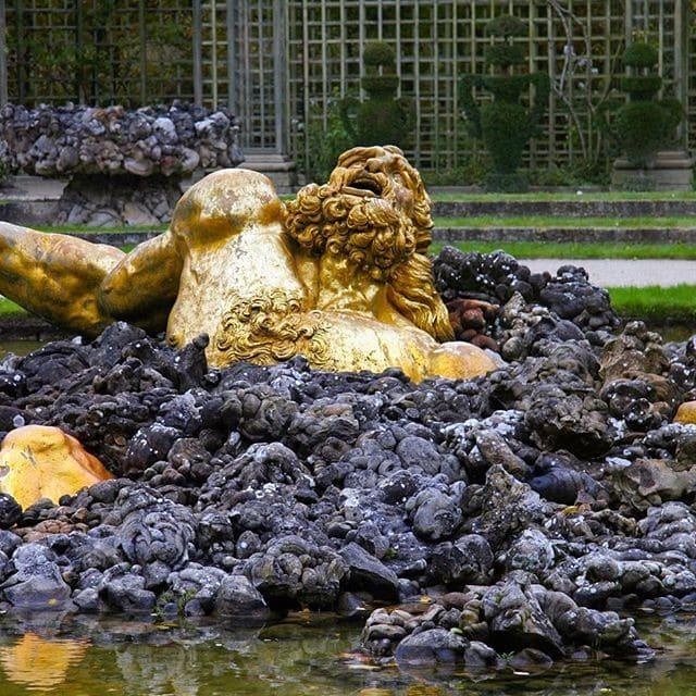 Gigante Enkelados, Gaspard Marsy, Jardines de Versailles. La Gigantomaquia en Versalles