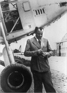 Antoine de Saint-Exupéry aviador escritor