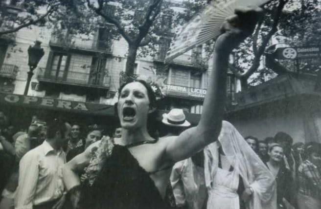 primera manifestación gay de Barcelona 26 de junio de 1976 Plataforma para la Liberación homosexual del Front d'Alligerament Gai de Catalunya (FAGC)