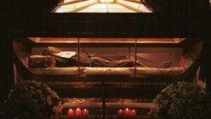 El cuerpo incorrupto de María Coronel se expone cada 2 de diciembre en el convento. / EL DÍA