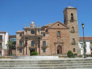 Nuevas Poblaciones en Sierra Morena - Palacio del Intendente e Iglesia de la Inmaculada Concepción. La Carolina.